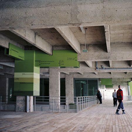 Signalétique des Docks en Seine par Nicolas Vrignaud