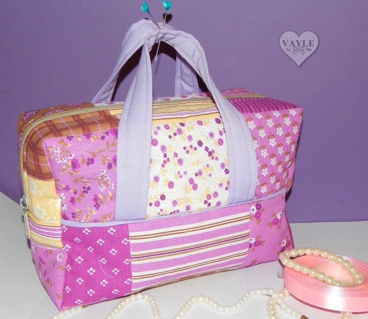 Vanity bag handmade by Vayle vaylebyme.blogspot.com