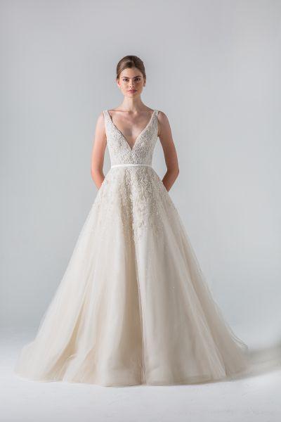 60 vestidos de noiva lindos com saia volumosa para 2016: estilo, glamour e elegância Image: 31