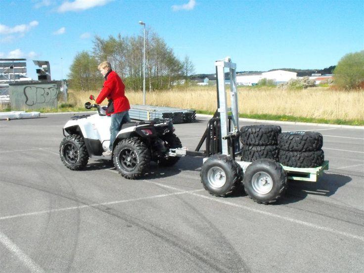 LandFighter Conquistador 6.6 with forklift trailer