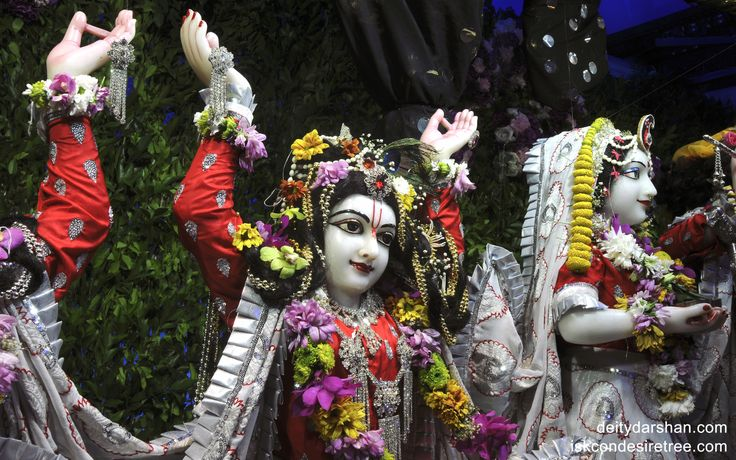 To view Gaurachandra Close Up Wallpaper of ISKCON Chicago in difference sizes visit - http://harekrishnawallpapers.com/sri-gaurachandra-close-up-wallpaper-005/