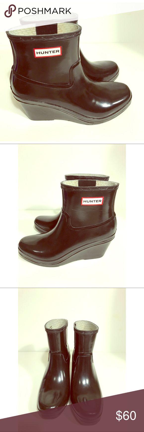 Hunter Original Gloss Wedge Rain Boots Size 7 authentic HUNTER Wedge rain boots size 7 in great condition Hunter Shoes Winter & Rain Boots