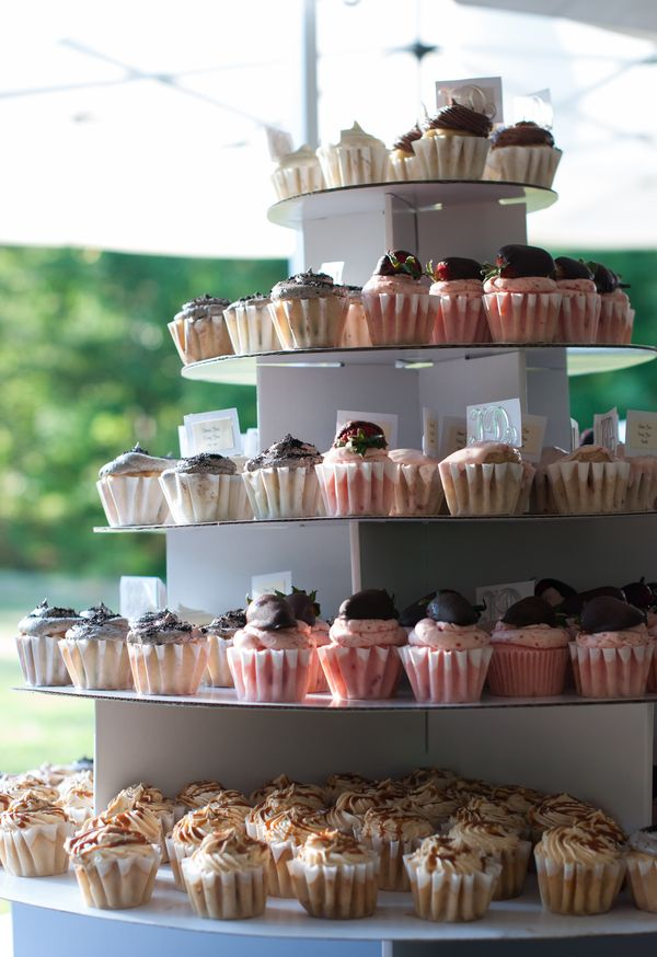 typical wedding cake flavors 88 best wedding cake flavors images on cake 21397
