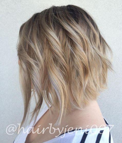 Style blonde courte