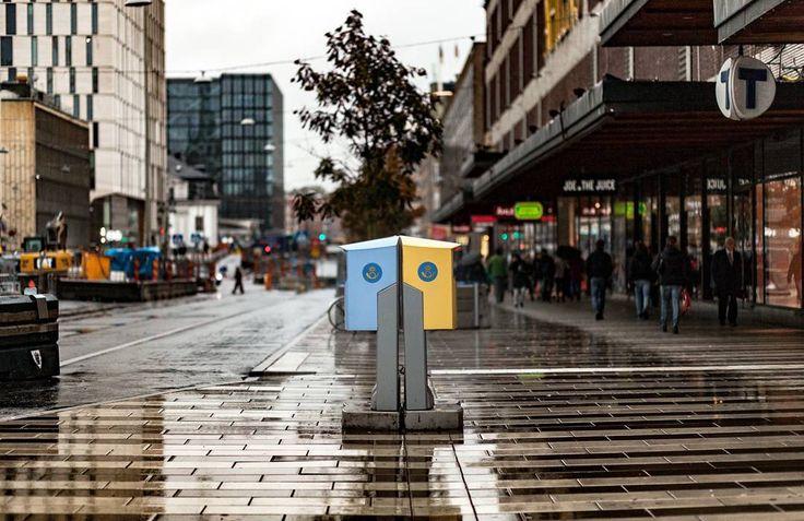 A letter has arrived. . . . . #scottkelby #wwpw2017  #streetphotography #wwpw2017se #worldwidephotowalk #photowalk #streetphotography #ig_worldwide #photowalk #rainyday #worldwidephotowalk2017 #stockholm #post #postnord