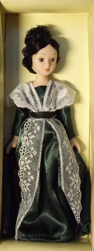 DeAgostini porcelain doll. Ladies - the characters of books. Madame de Renal