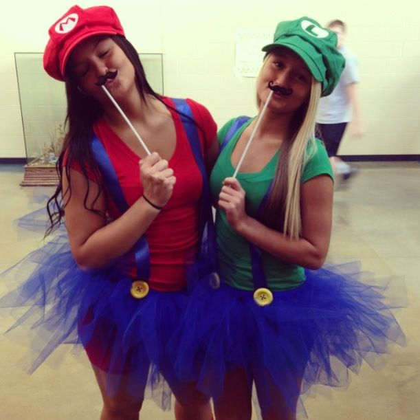 twin day outfit last year      SARAH  we are doing this. 17 Best ideas about Twin Day on Pinterest   Bullet journal