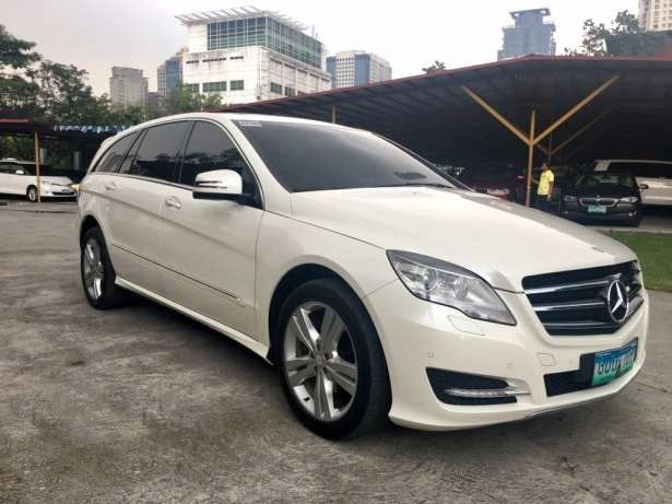For Sale First Owned All Original 2012 Mercedes Benz R350 CDi Acquired Feb 2013 Looks and Smells New Complete CATS Record Call 09175287233 for more info or click PHOTO for Price #mercedes#ferrari #rclass #autotradephils Please LIKE and SHARE .. Thank You