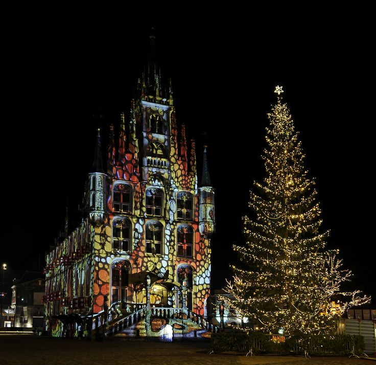 18 Best Gothic Christmas Images On Pinterest Gothic Christmas  - Medieval Christmas Tree