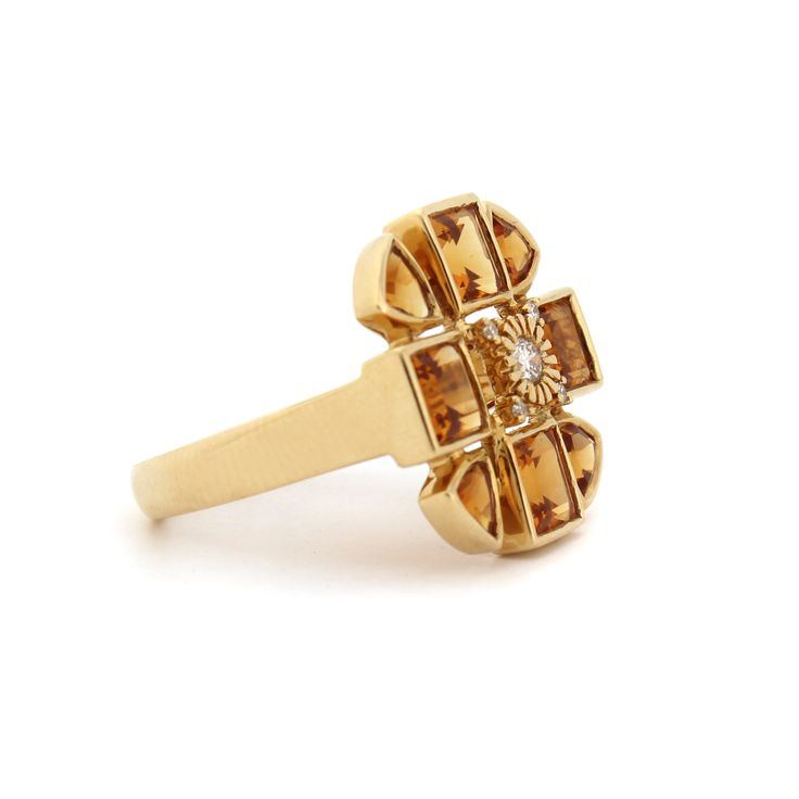 SACRED FLOWER RING   Made from 18kt yellow gold diamonds and citrine.