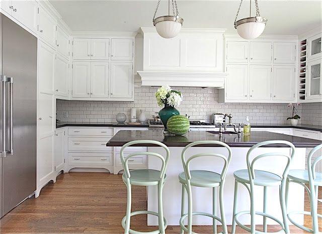 kitchen House Tours, Mint Green, White Kitchens Cabinets, Rosa