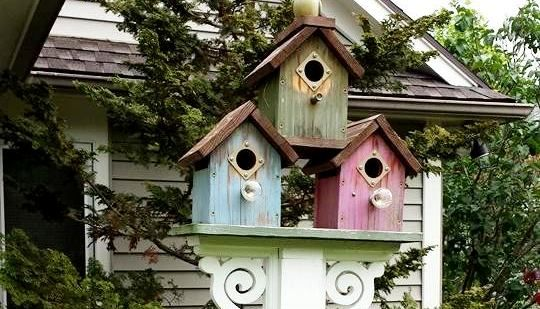 Make a Flea Market bird house post