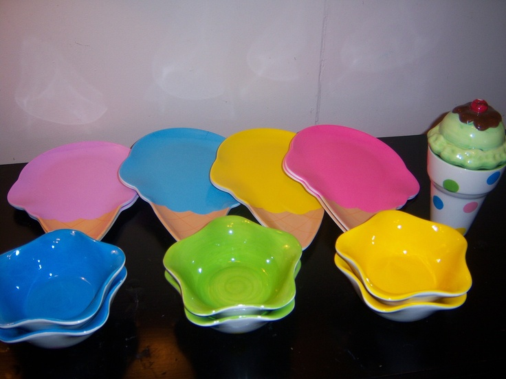 BIRTHDAY CAKE & ICE CREAM DESIGN PARTY TABLE SET PLATES AND BOWLS EUC! | eBay
