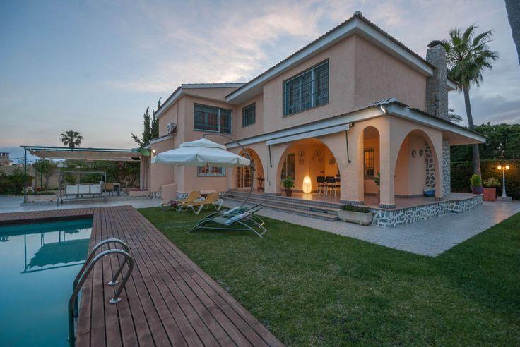 RicaMar Homes Real Estate Costa Blanca | Luxury Villa in La Zenia - Orihuela Costa