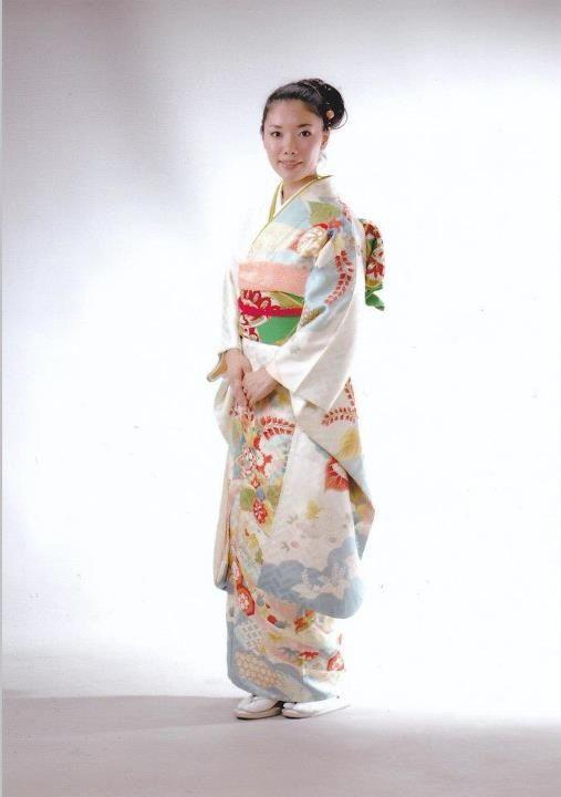 振袖 / Furisode (formal kimono)