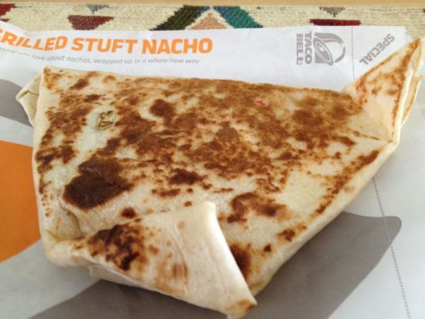 Yeah, I Ate That: The Taco Bell Grilled Stuft Nacho
