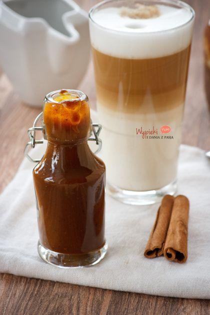 Domowy syrop dyniowy do kawy