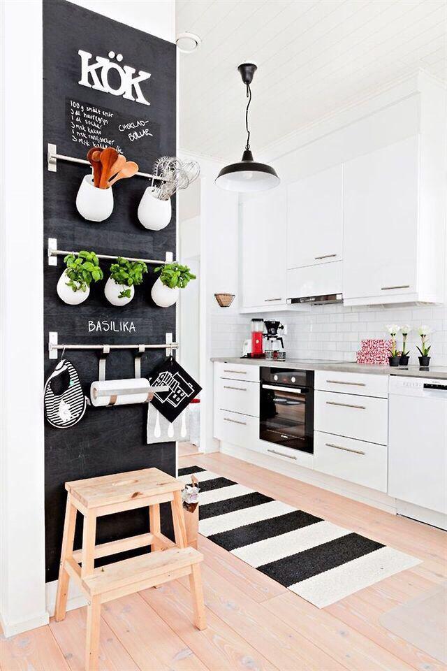 {kitchen} love the chalkboard