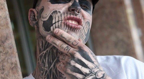 3d tatouage main squelette