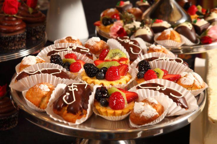 Viennese Table Desserts by SARATOGA CHEESECAKE COMPANY 13 Warehouse Row, Albany, NY 12205 (518) 459-2253