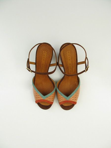 Tomaia Sandals