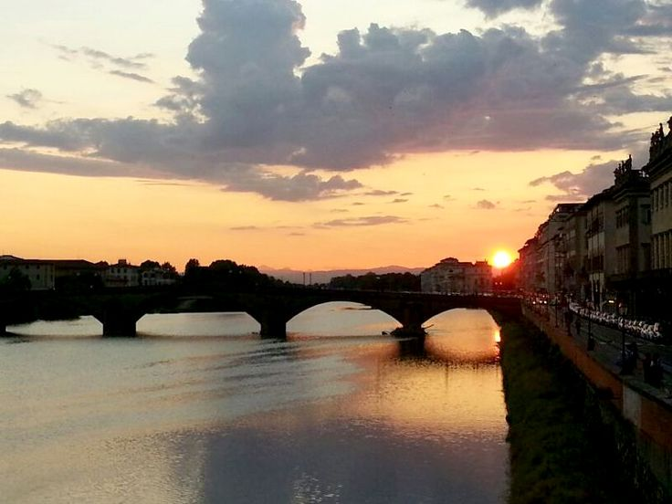 Dusk in #Florence, a picture from our Saint Francis Way guide Cristina