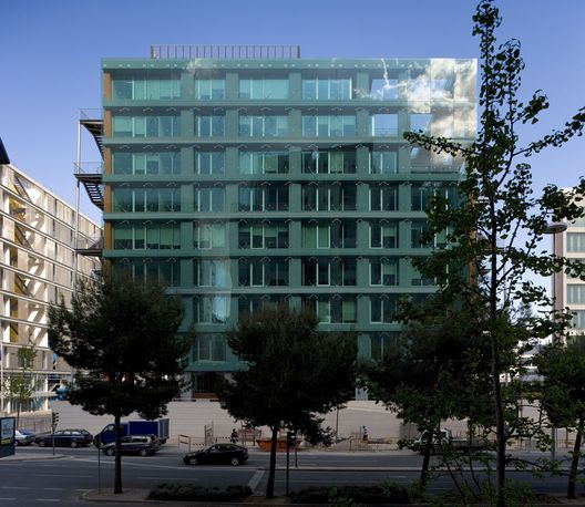 Flashback: Mar Mediterrâneo & Mar Vermelho Office Buildings,Courtesy of  idf - ideias do futuro