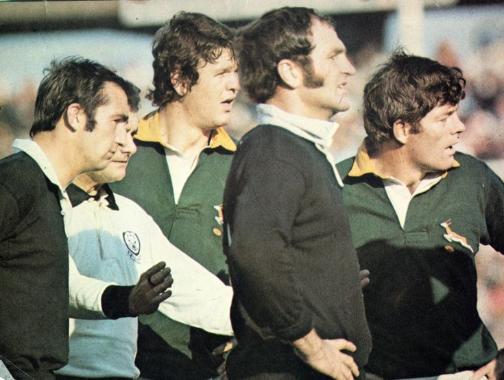 24 July 1976 - South Africa 16 / All Blacks 7 Back of the line-out was also an even contest with Du Plessis slightly taller than Leslie while Kirkpatrick had a slight height advantage over Ellis.