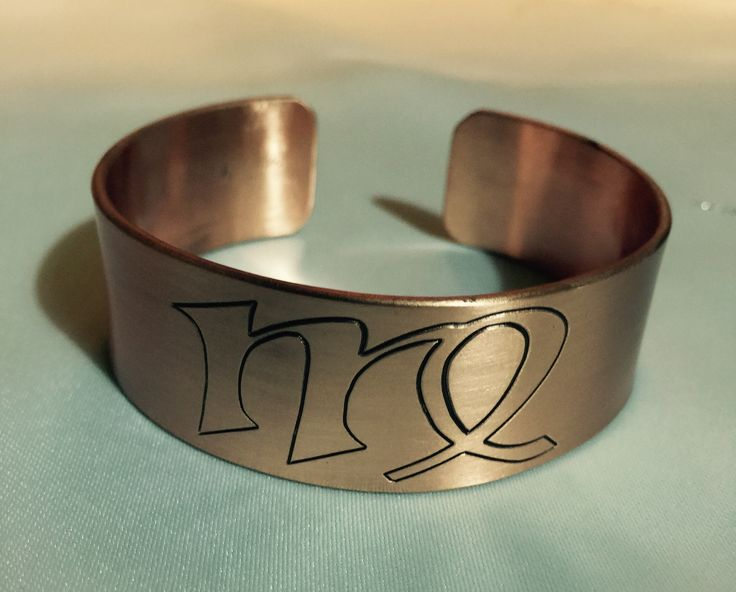 Handmade copper bracelet. Manually and machine engraved bracelet. Personalized design. ENGRAVING WORKSHOP
