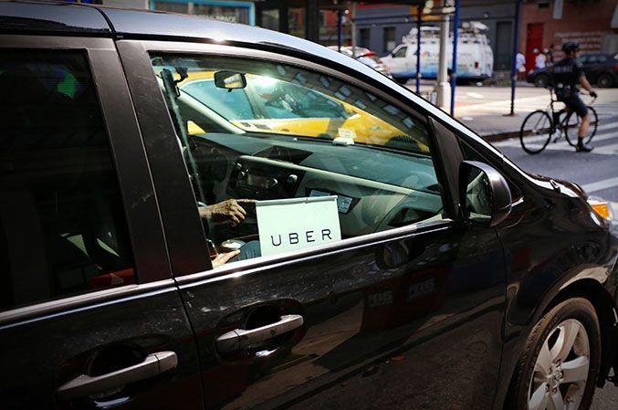 Deux économistes se sont penchés sur les revenus des chauffeurs indépendants employés par la plate-forme Uber. La startup estime que le secteur des VTC pourrait compter 70.000 chauffeurs supplémentaires d'ici cinq ans rien qu'à Paris.