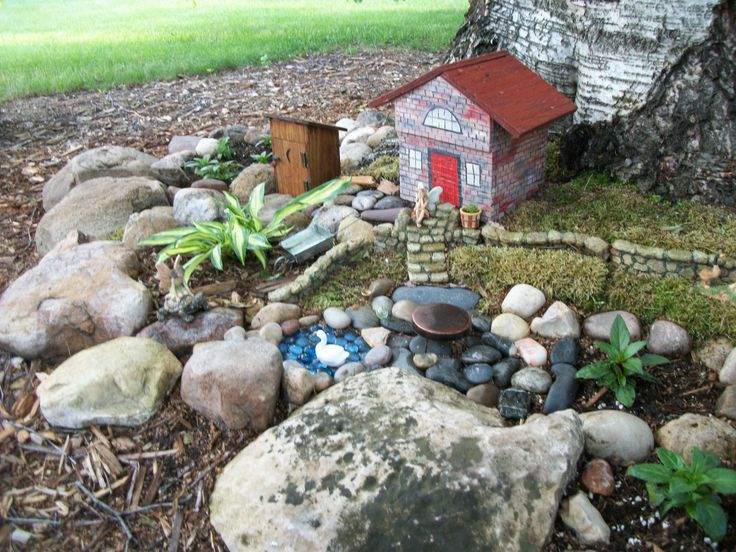 https://flic.kr/p/VUcQw7 | Fairy Garden. | The new building was a common sight in country yards years ago.