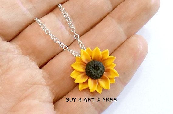 Sunflower Necklace - Sunflower Jewelry - Gifts - Yellow Sunflower Bridesmaid, Sunflower Flower Necklace, Bridal Flowers, Bridesmaid Necklace