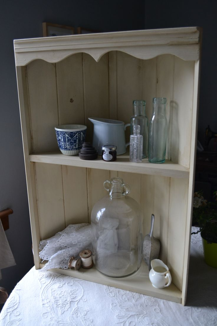 Aged corner shelf - reloved using 'paris white' Autentico chalk paint, and finished with Autentico brown wax to give it a truly authentic aged look. It would look perfect in any farmhouse kitchen. Beautifully vintage!