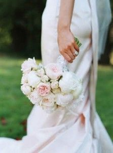 Peony and ranunculus wedding bouquets Chicago - The Wedding SpecialistsThe Wedding Specialists
