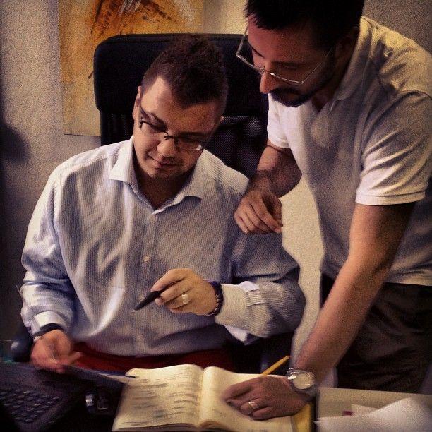 Progetto Instagram iPhone: Il CEO Lapo Secciani e il Digital Art Director Matteo Ciappi al lavoro sul sito di PratoVerde. Art Director: Lapo Secciani Photographer: Lapo Secciani.
