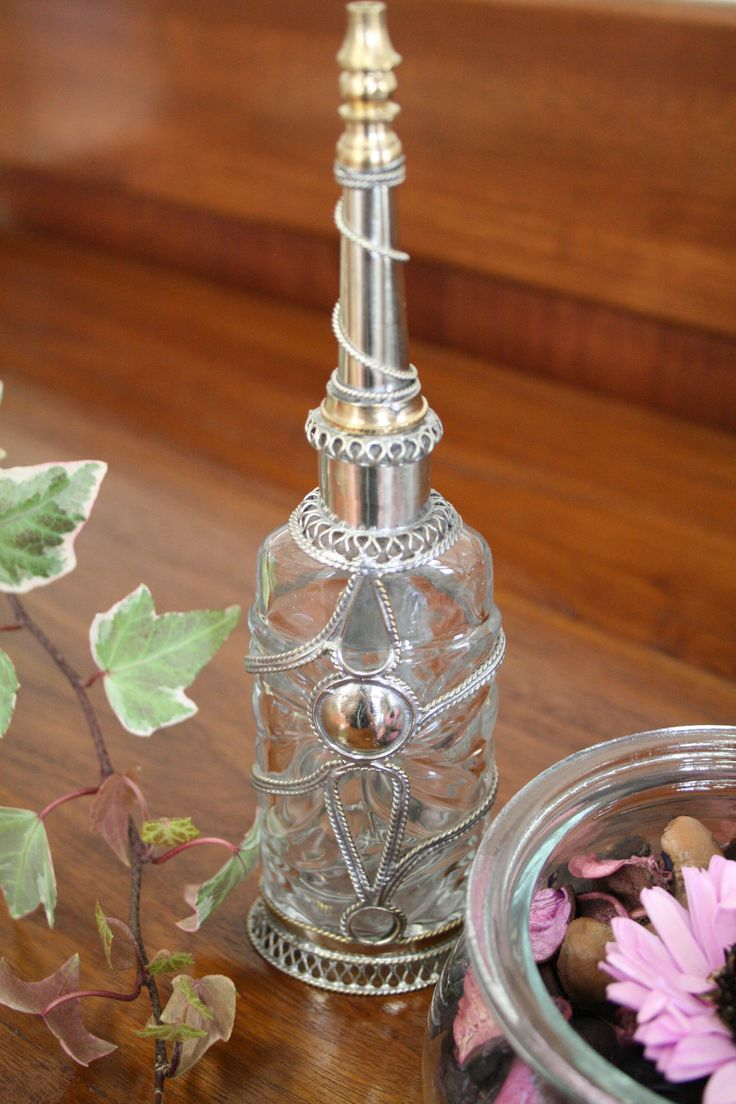 ~大人のためのモロッコ雑貨regalito~ リサイクル瓶を使ったエキゾチックな手作りのモロッコ香水瓶。 http://regalito.shop20.makeshop.jp/