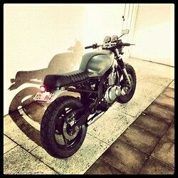 17 best images about suzuki gs 500 on pinterest image search suzuki cafe racer and cafe racers. Black Bedroom Furniture Sets. Home Design Ideas