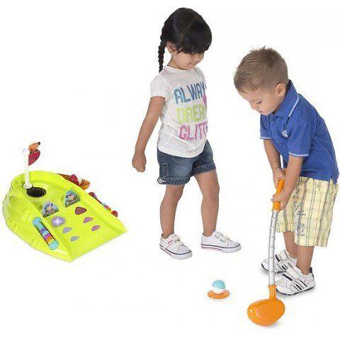 Uw kindje gaat een leuke golfcarrière tegemoet met deze Chicco golfset! Bevat twee elektronische spellen, met leuke bemoedigende geluiden en lichteffecten. Inclusief golf club, twee ballen en een golf tee. !