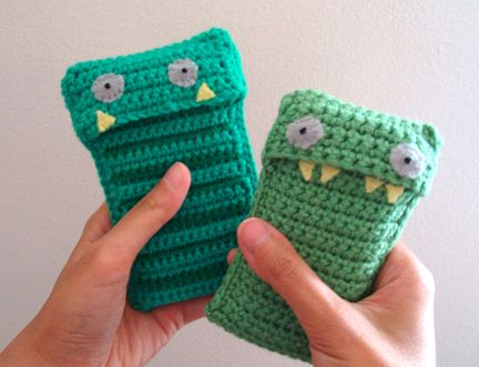 Mobile Casey and Stripy Jack Cell Phone Eating Monster Crochet Pattern