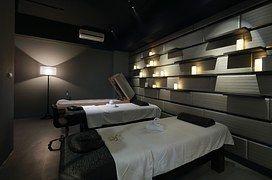 Kosmetologie, Luxus Grand Formosa Regent