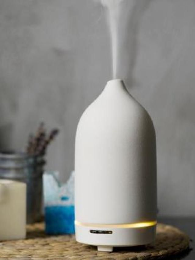 Top 10 Feng Shui Space Clearing Must Haves: Diffuser or Aispray