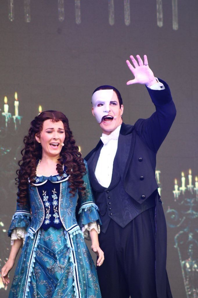 Kelly Mathieson And Ben Lewis As Christine Daae And The Phantom At