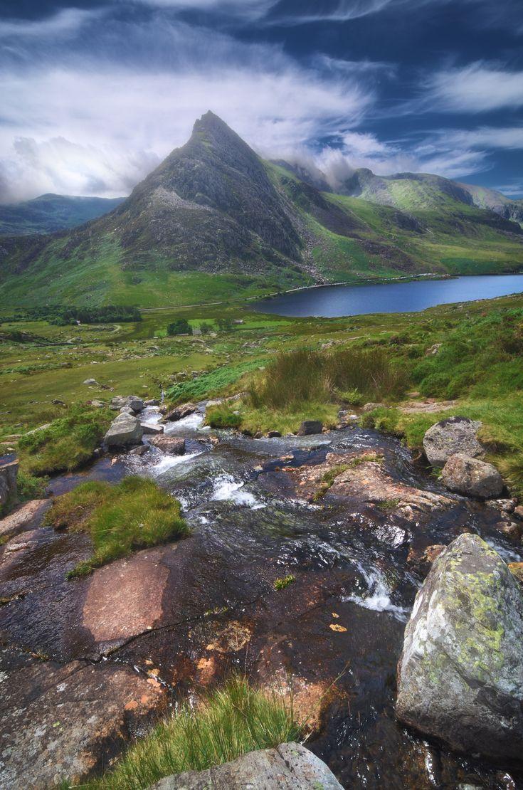 Afon Lloer, Dryffyn Ogwen, Gwynedd, Snowdonia, North Wales. Soft morning light slivers across the Ogwen valley landscape, highlighting Tryfan's blade-like peak that rises through the heavens. I bloody love this mountain. =)