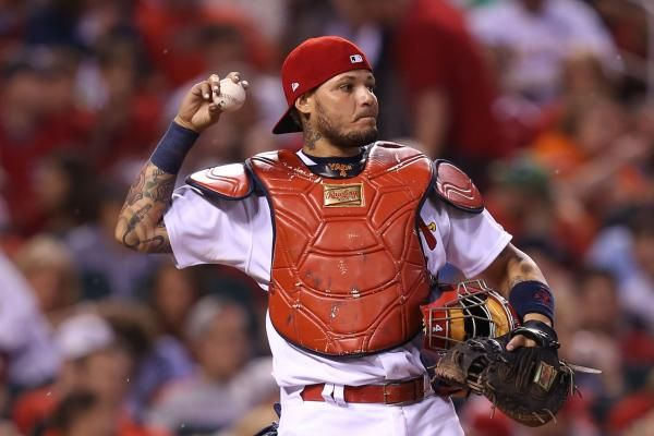 ST. LOUIS -- Yadier Molina drove in four runs and Mike Leake snapped a six-game winless streak Friday night as the St. Louis Cardinals…