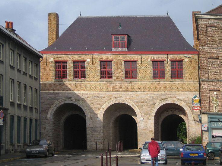 Jielbeaumadier porte de roubaix lille 2005 - Lille - Wikipedia, the free encyclopedia