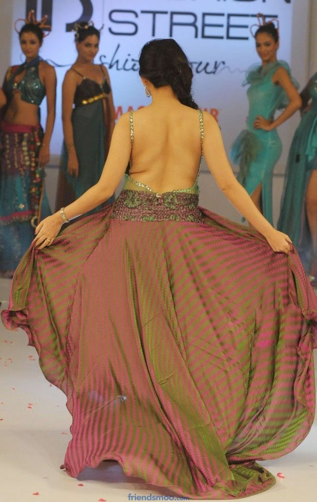Top 25 Hottest Collection of Backless Stills of Tollywood Actress actress stills Samantha Ruth Prabhu