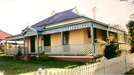 Google Image Result for http://www.kogarah.nsw.gov.au/__data/assets/image/0018/7182/Victorian-Federation_House.jpg