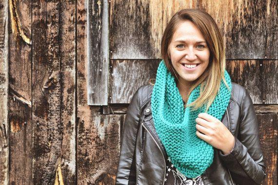Le tricoté par echarpesetbelles sur Etsy