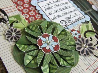 TUTORIAL: folded flower scrapbooking EMBELLISHMENT