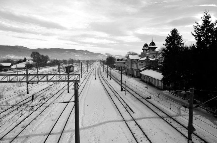 Comanesti railway station